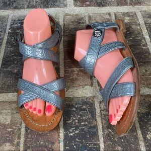 Coach Billie Q1748 Warm Pewter Strap Flat Sandals